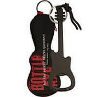 Flaschenöffner in Gitarrenform im Geschenktäschchen