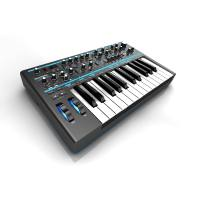 picture/novation/bass-station-ii-hero.jpg
